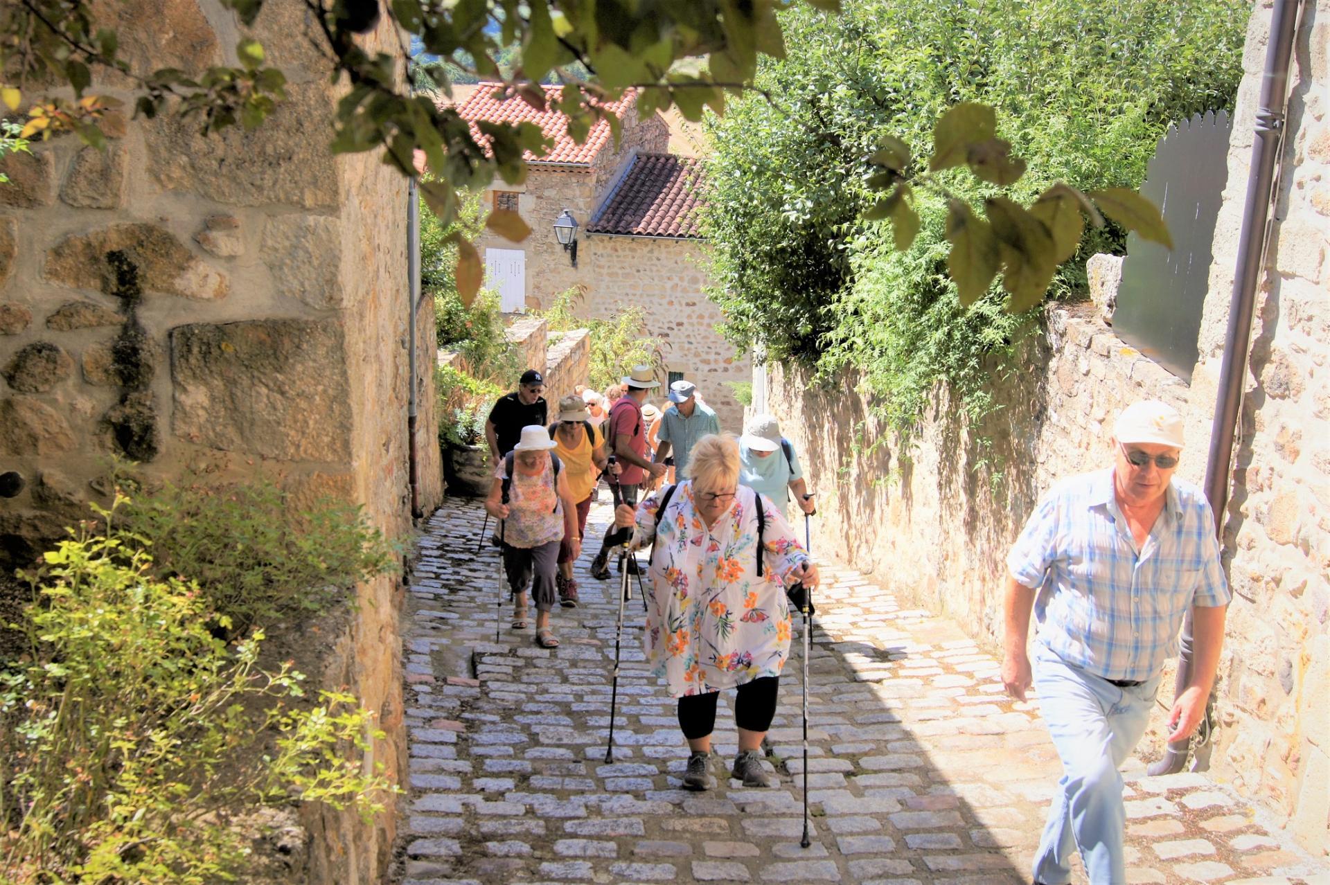 Marcheurs a Montpeyroux-2