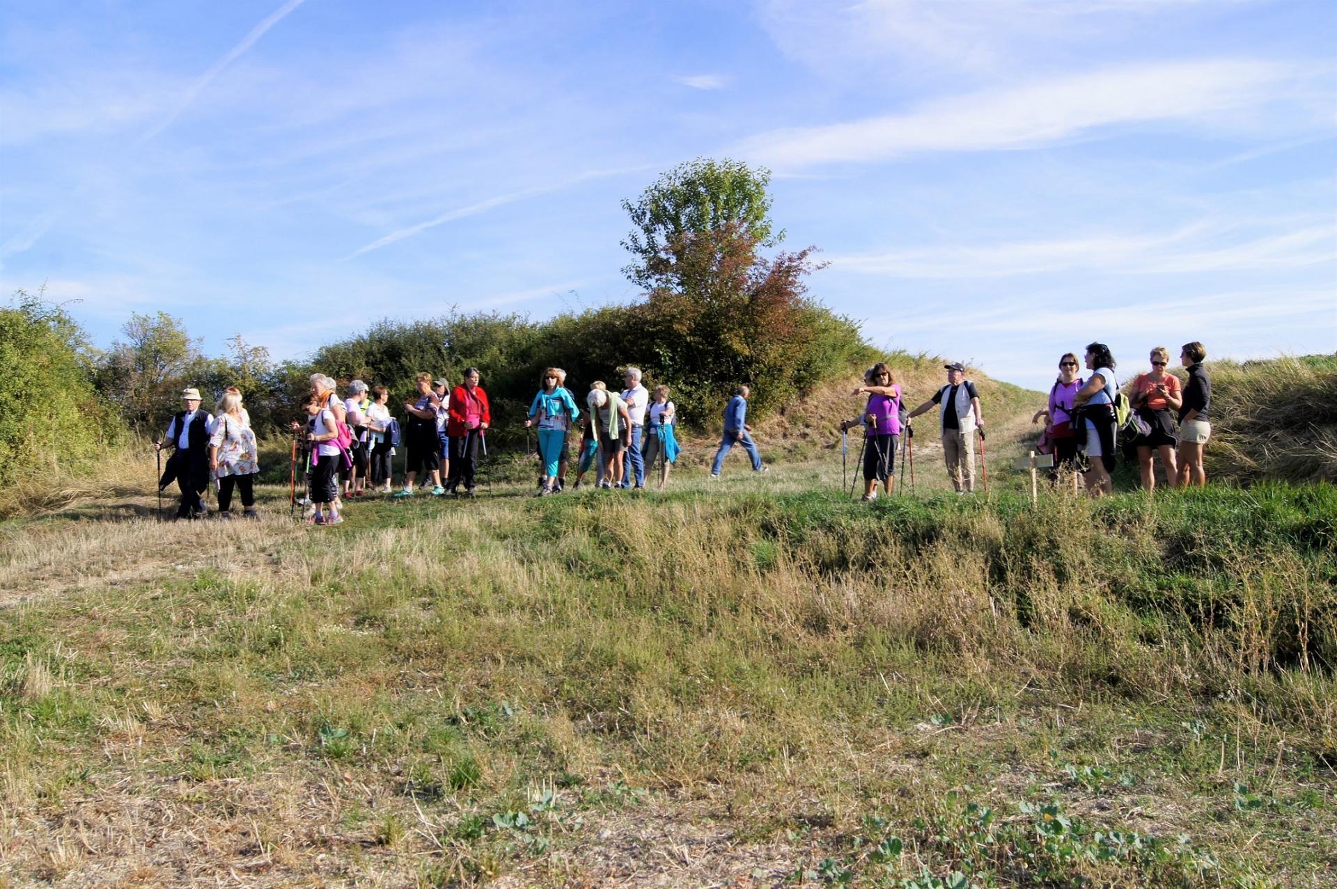 Marcheurs a Ussel d'Allier