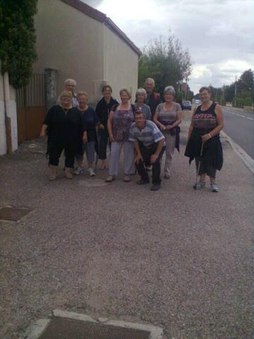 partipants a la marche du jeudi
