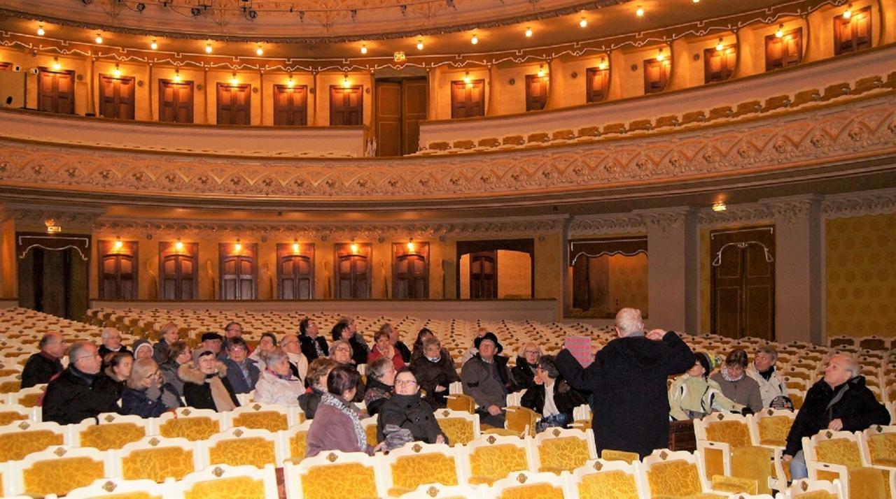 Visite de  l'opera de Vichy
